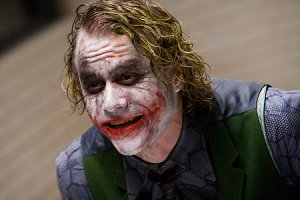 Joker, diperankan oleh mendiang Heath Ledger
